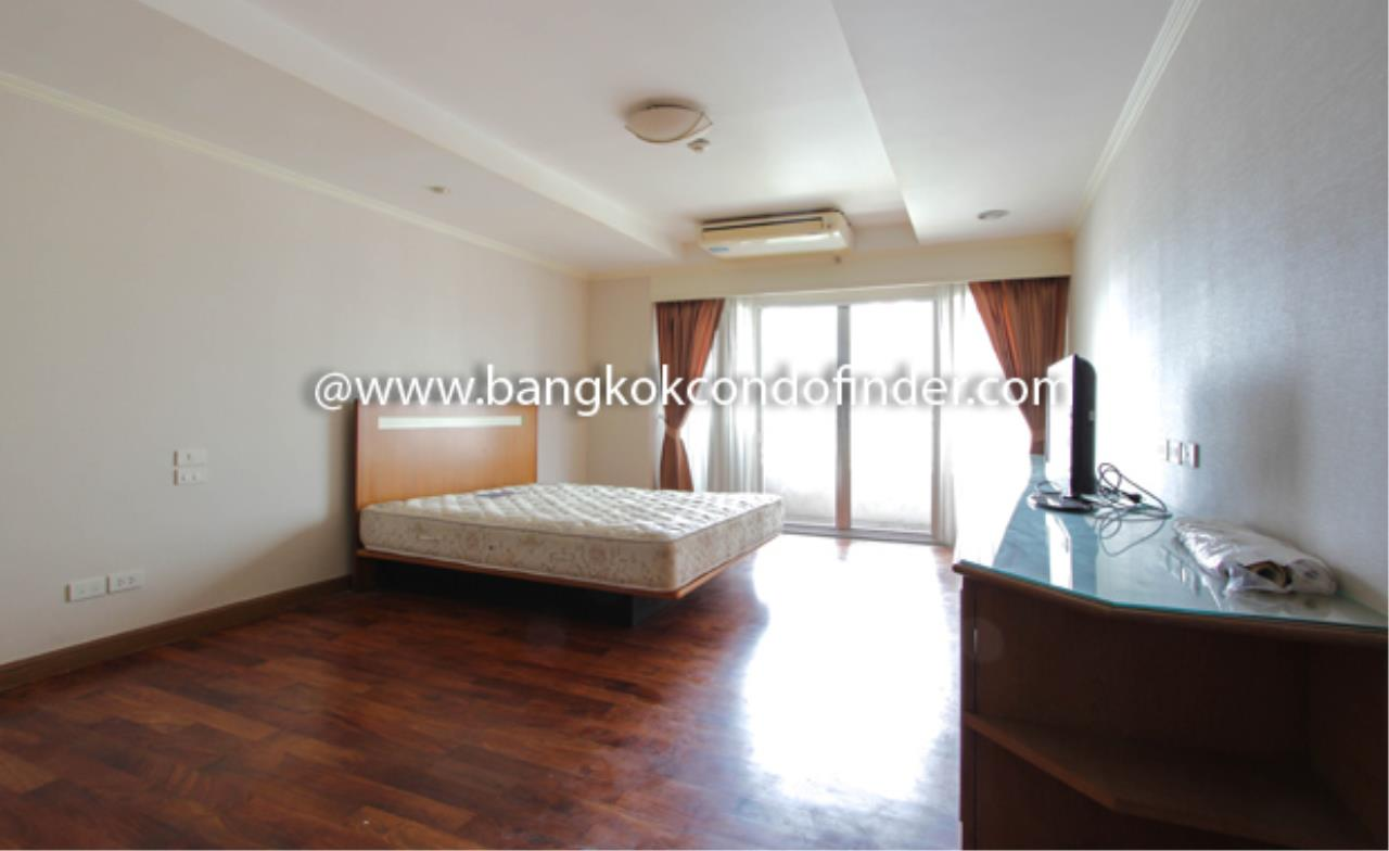 Bangkok Condo Finder Agency's Sathorn Park Place Condominium for Rent 7