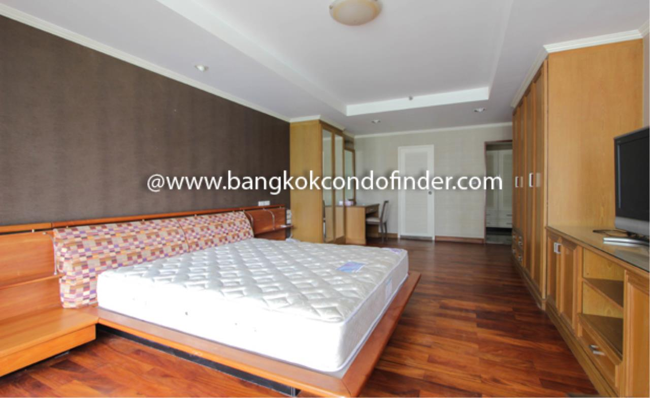 Bangkok Condo Finder Agency's Sathorn Park Place Condominium for Rent 9