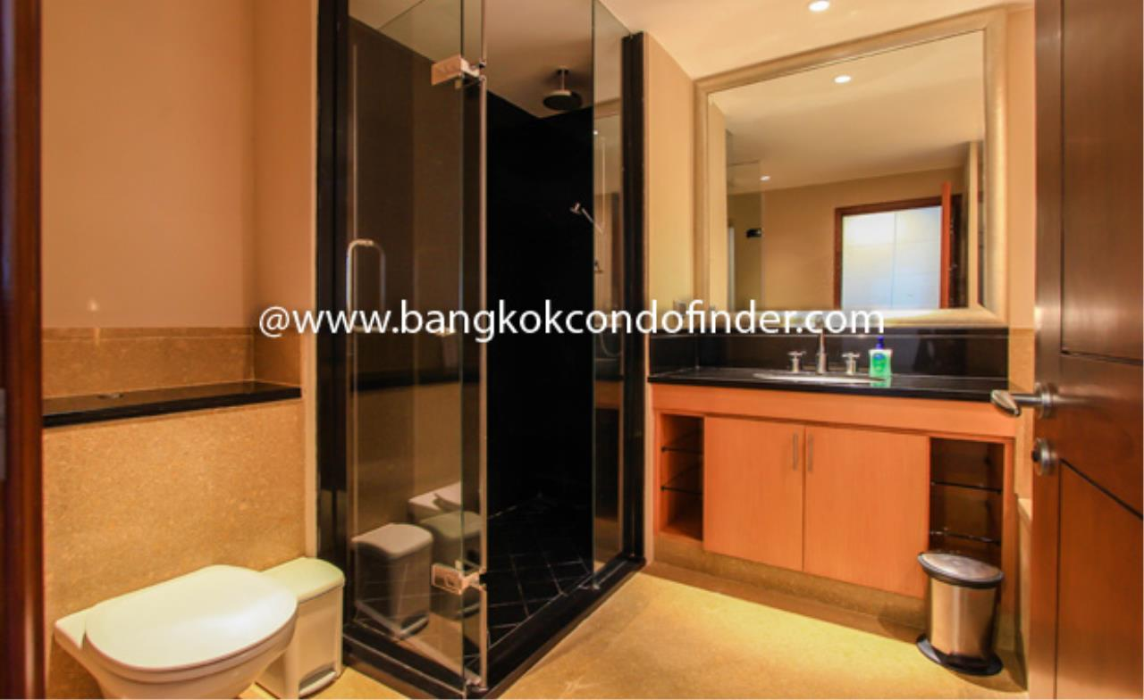 Bangkok Condo Finder Agency's Sky Villa Sathorn Condominium for Rent 2
