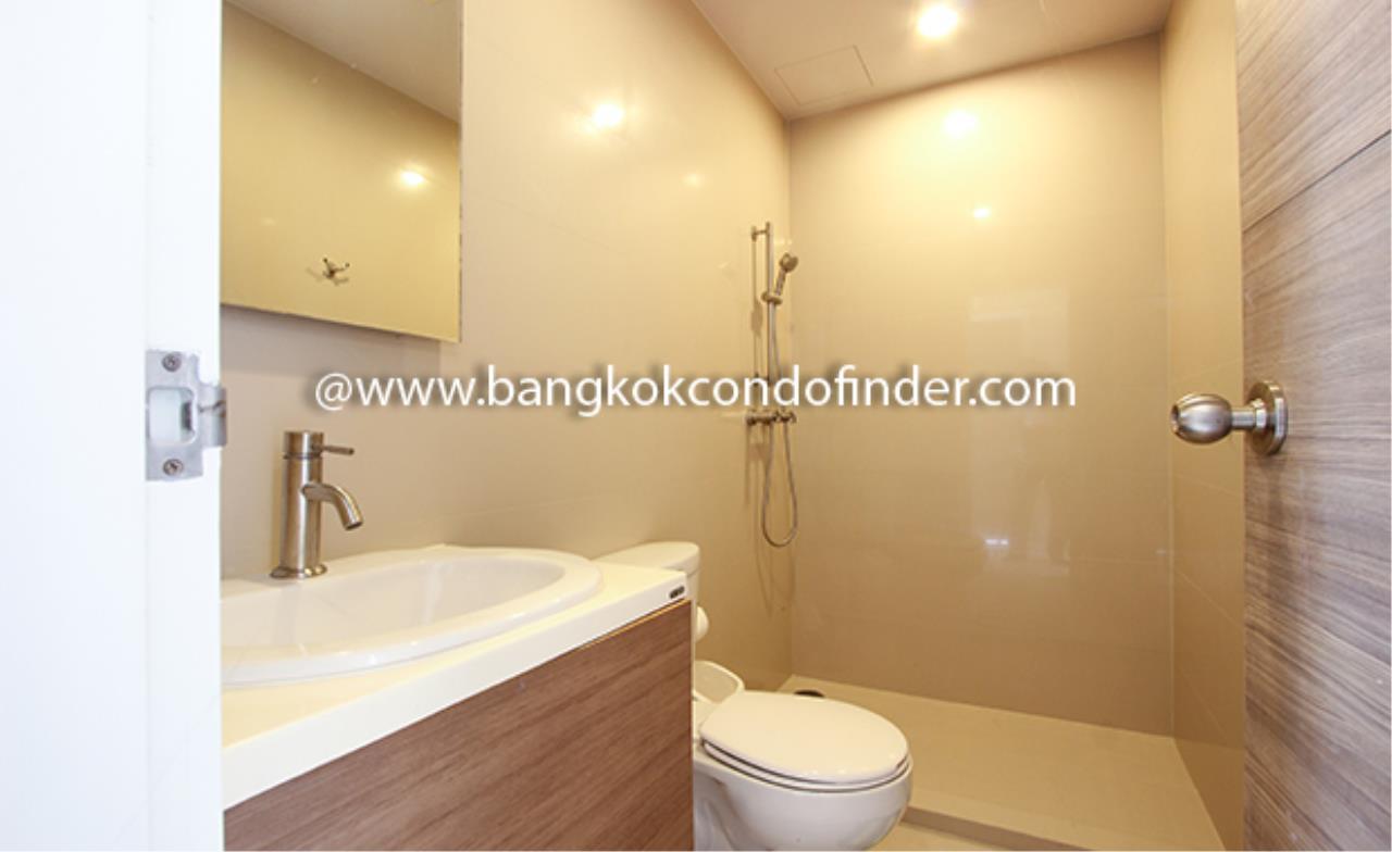 Bangkok Condo Finder Agency's Hive Taksin Condominium for Rent 9