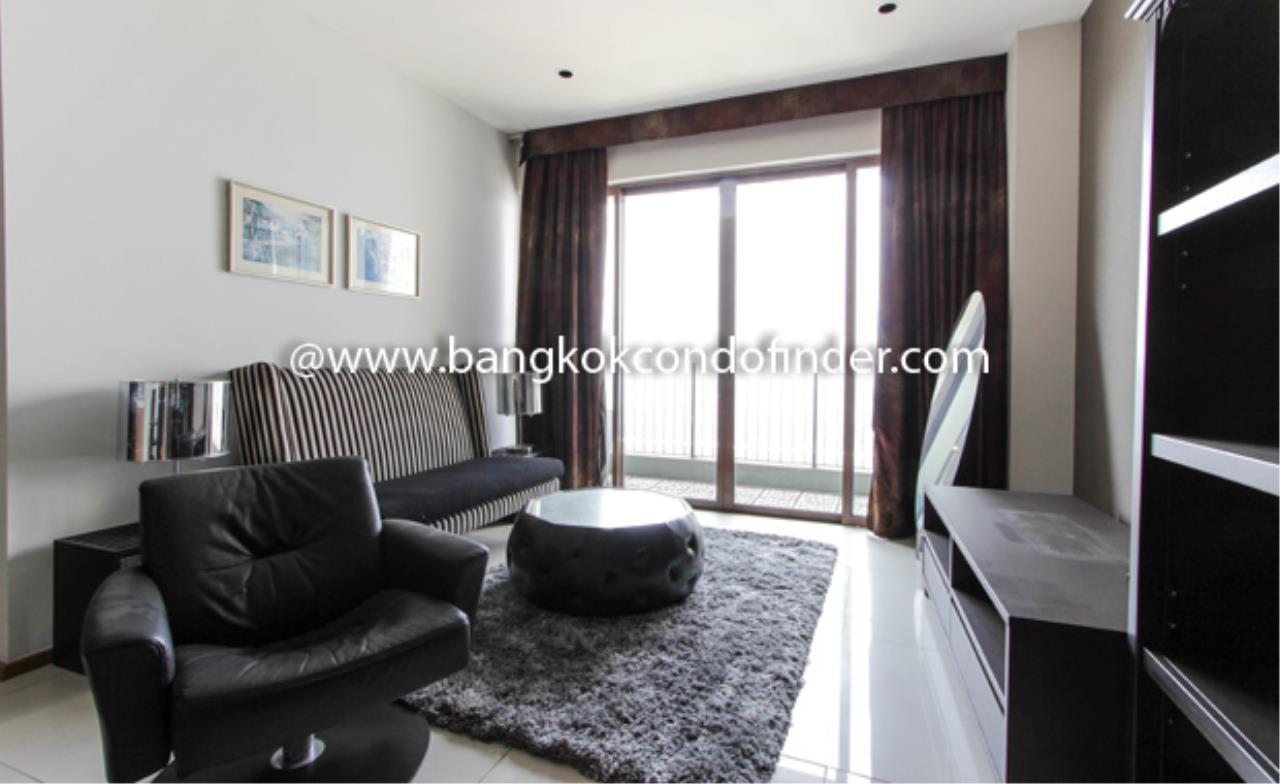 Bangkok Condo Finder Agency's The Emporio Place Sukhumvit 24 ( Sold ) Condominium for Rent 1