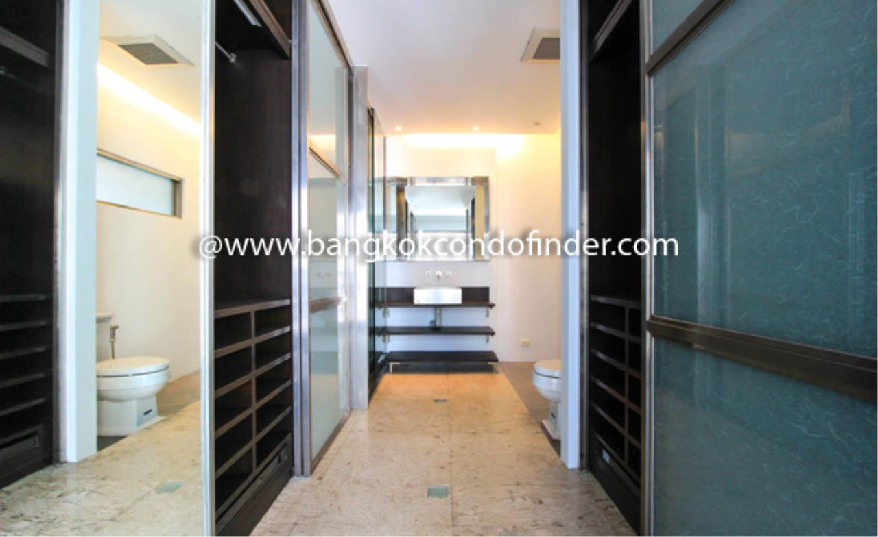 Bangkok Condo Finder Agency's Baan Somthavil Condo Condominium for Rent 3