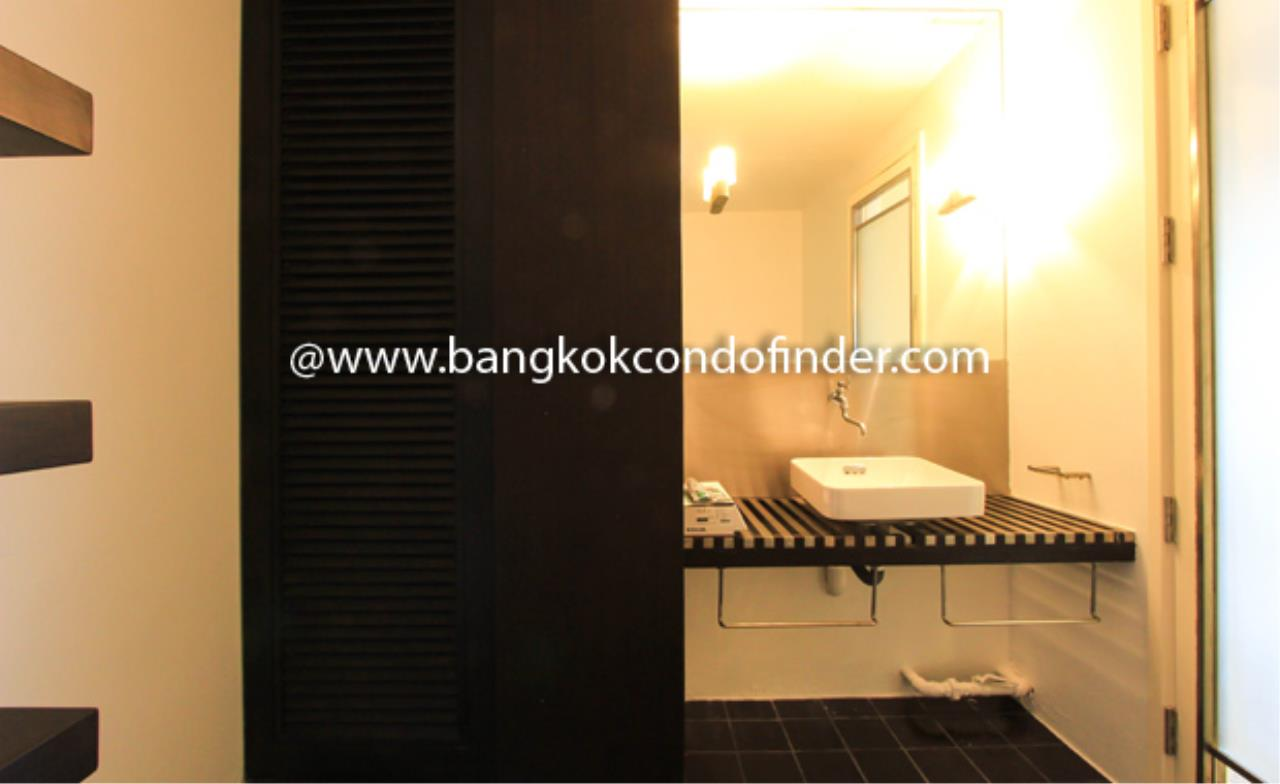 Bangkok Condo Finder Agency's Baan Somthavil Condo Condominium for Rent 2