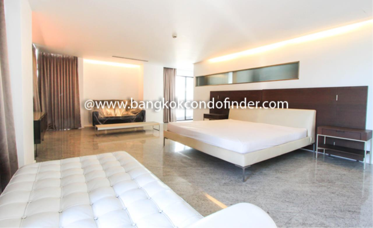 Bangkok Condo Finder Agency's Baan Somthavil Condo Condominium for Rent 7