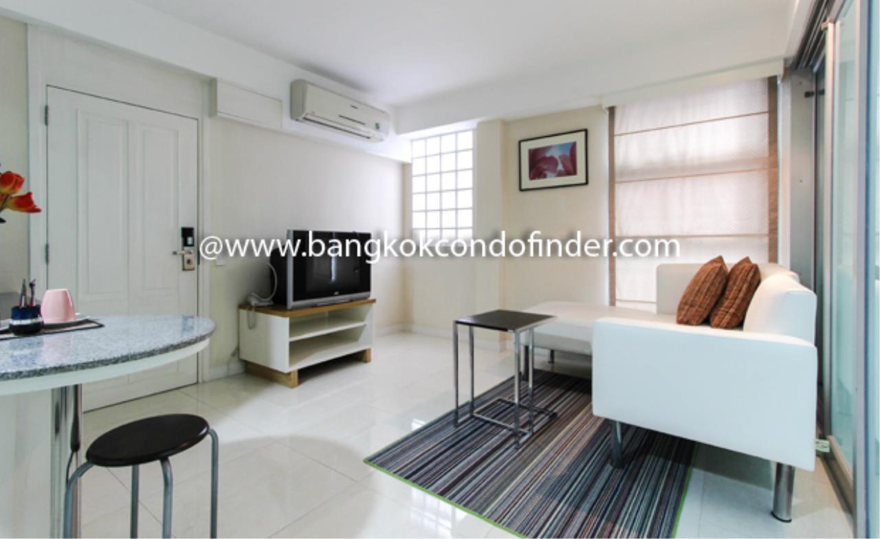 Bangkok Condo Finder Agency's Silom Convent Garden 1