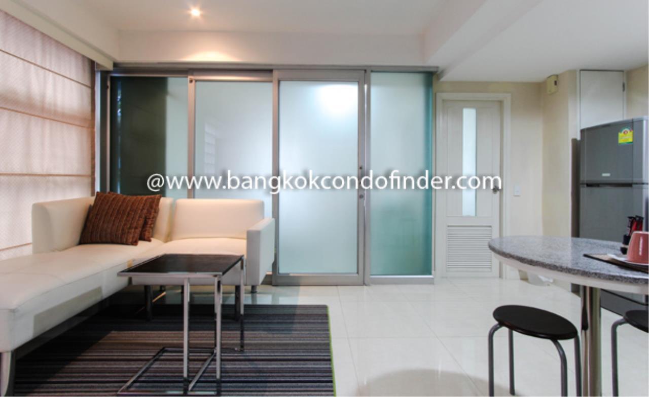 Bangkok Condo Finder Agency's Silom Convent Garden 4