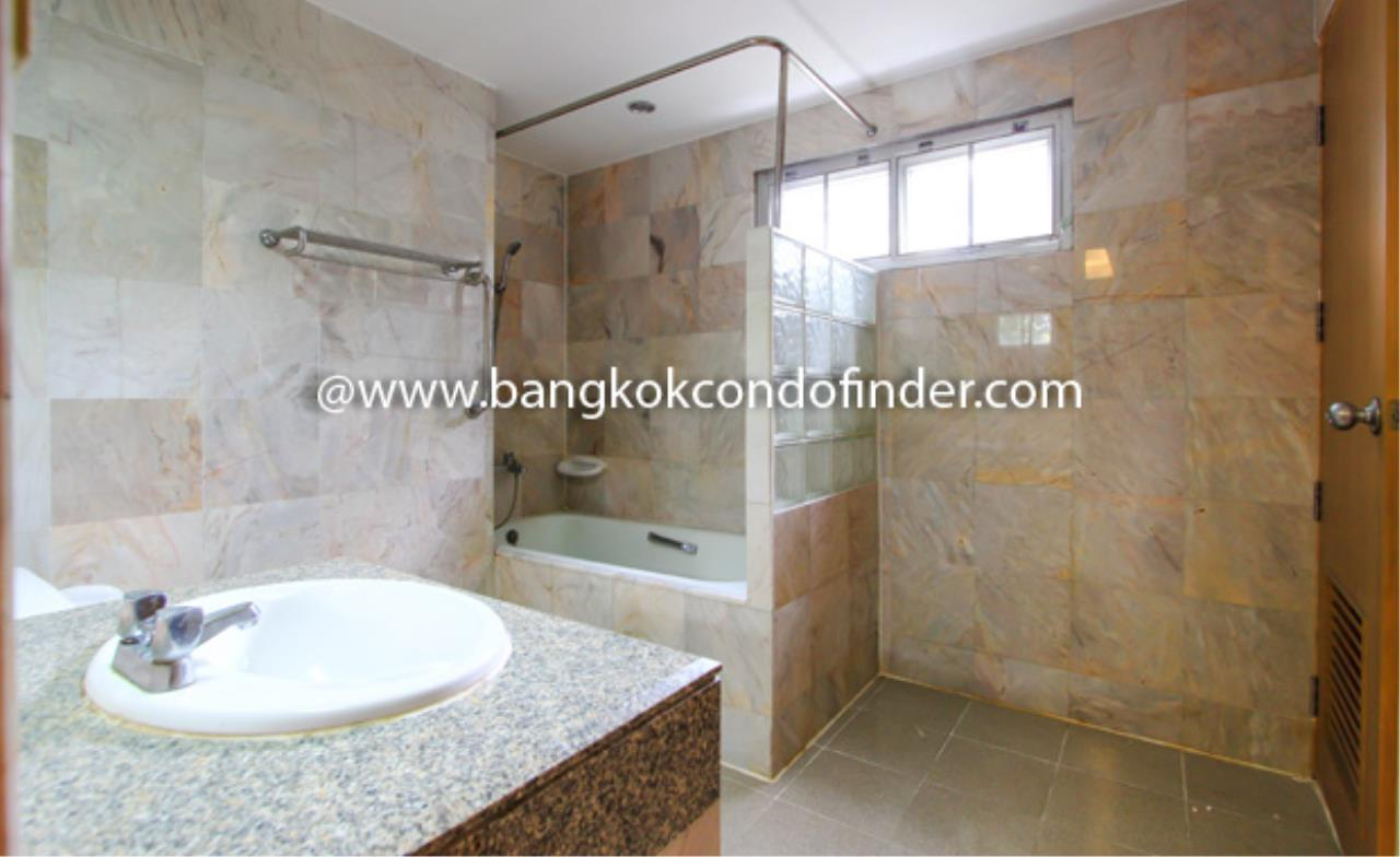Bangkok Condo Finder Agency's Peony Condominium for Rent 2