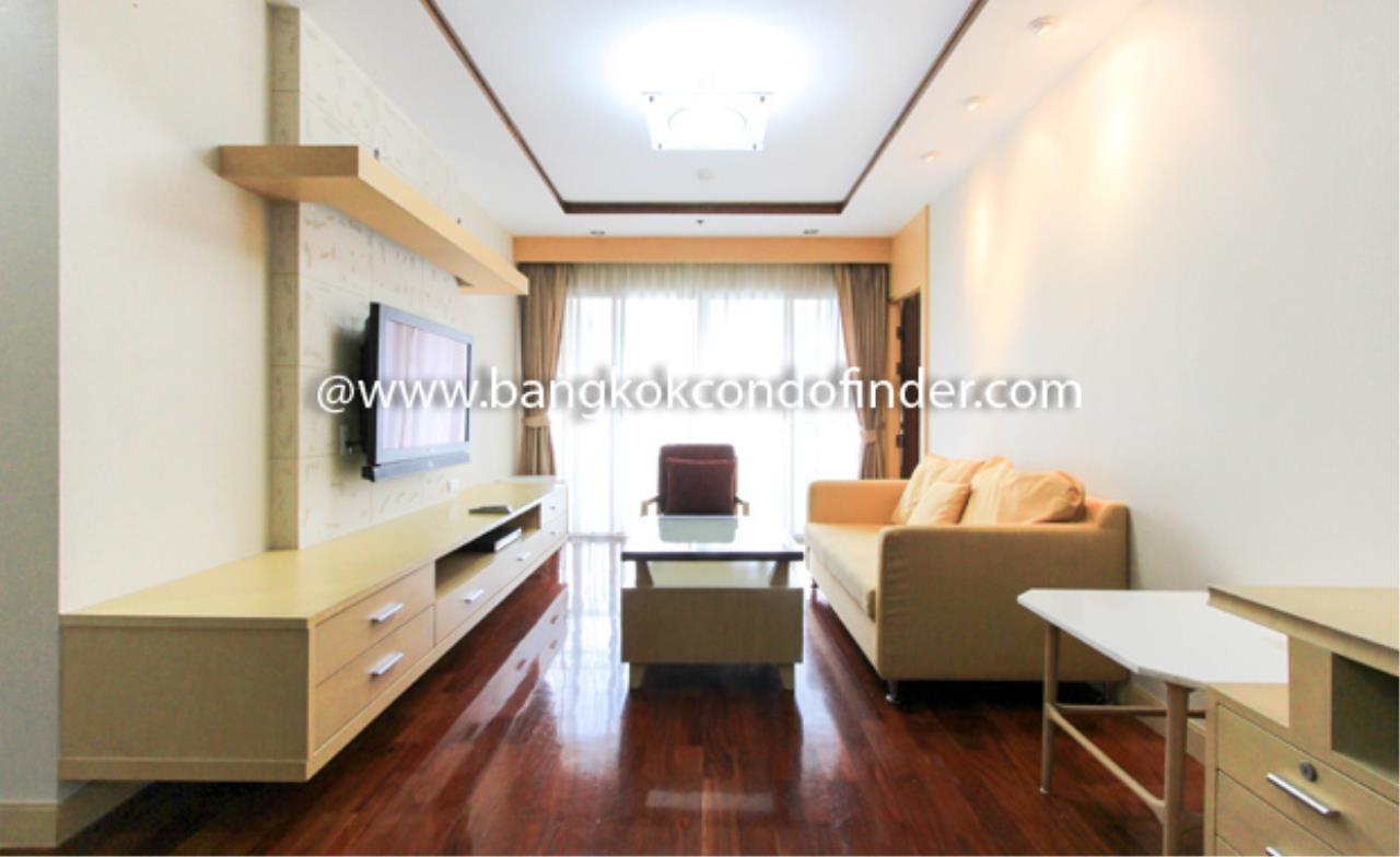 Bangkok Condo Finder Agency's UN Residence Condominium for Rent 1