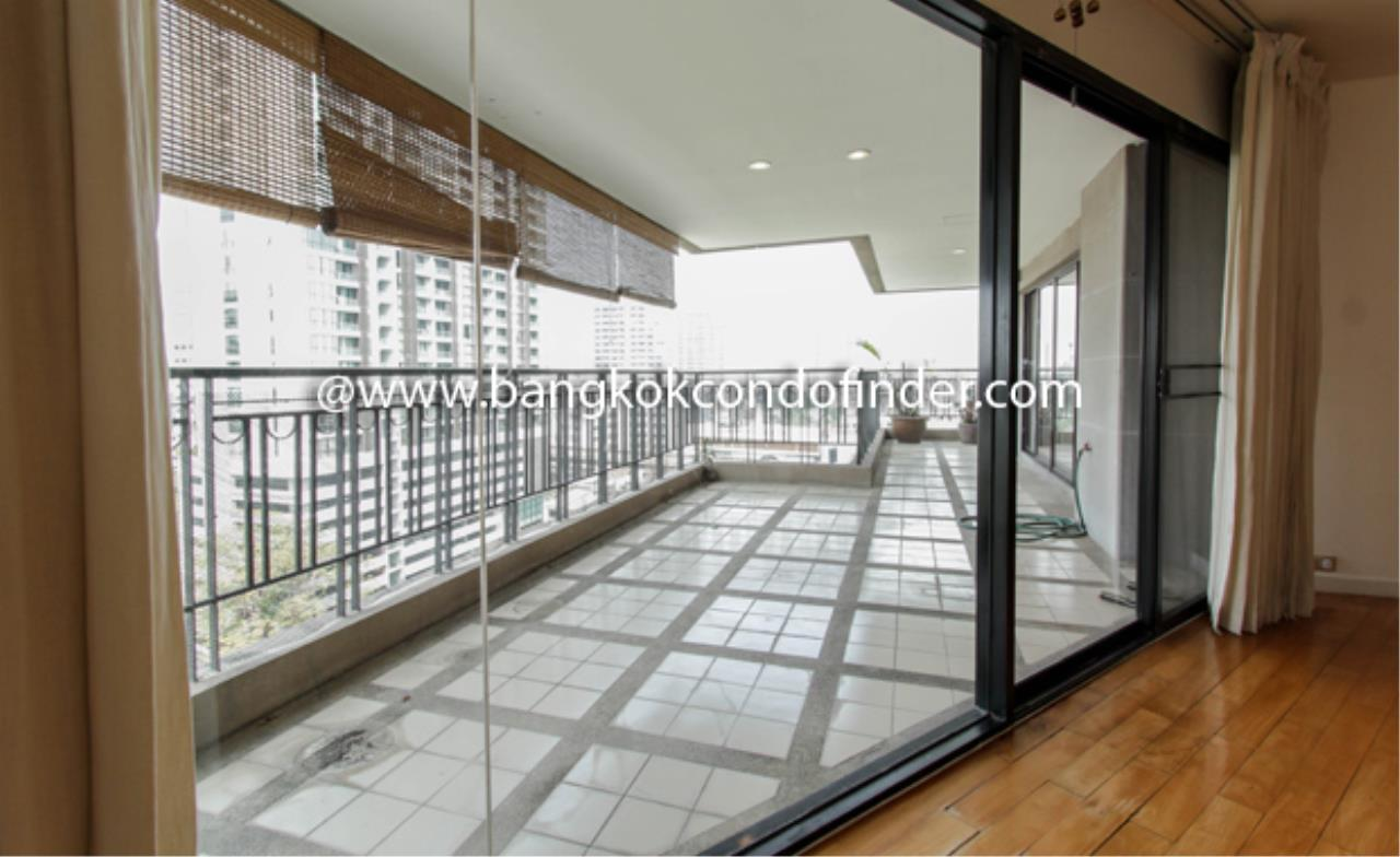 Bangkok Condo Finder Agency's TBI Tower Apartment for Rent 2
