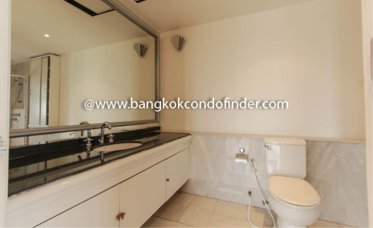 Bangkok Condo Finder Agency's TBI Tower Apartment for Rent 4