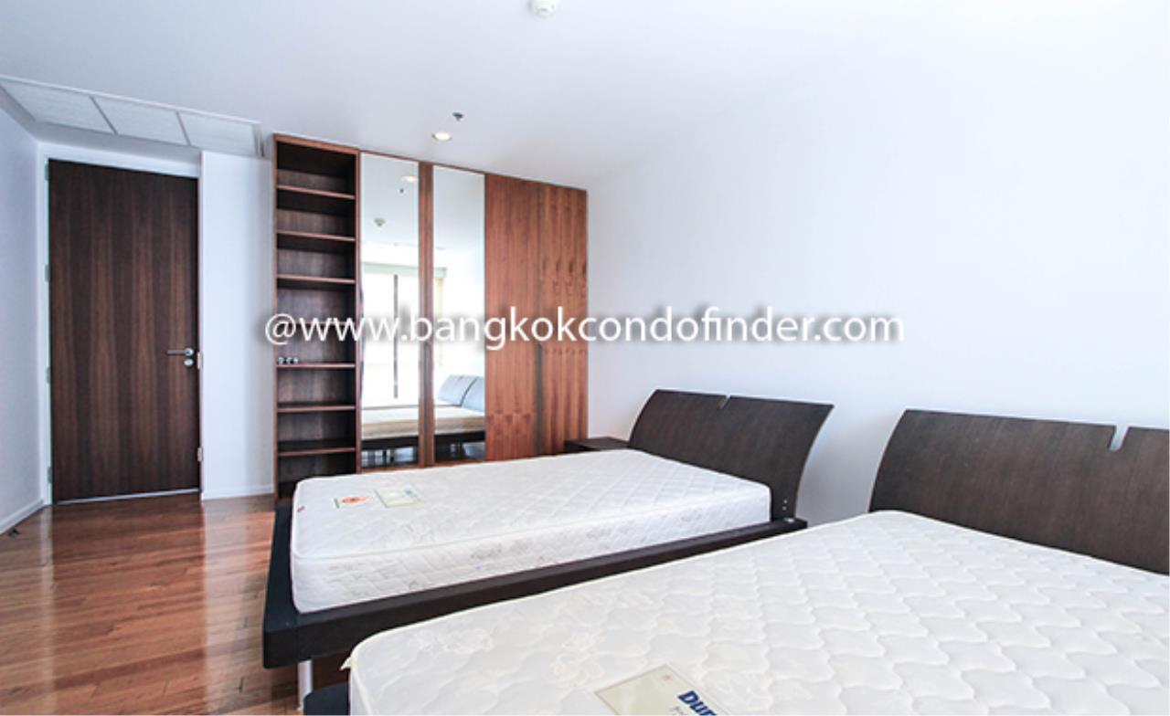 Bangkok Condo Finder Agency's The Legend Saladaeng Condominium for Rent 10