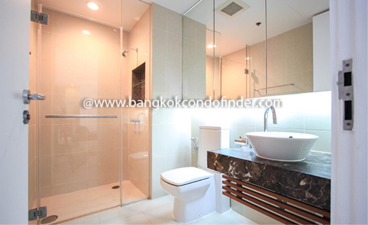 Bangkok Condo Finder Agency's The Legend Saladaeng Condominium for Rent 11