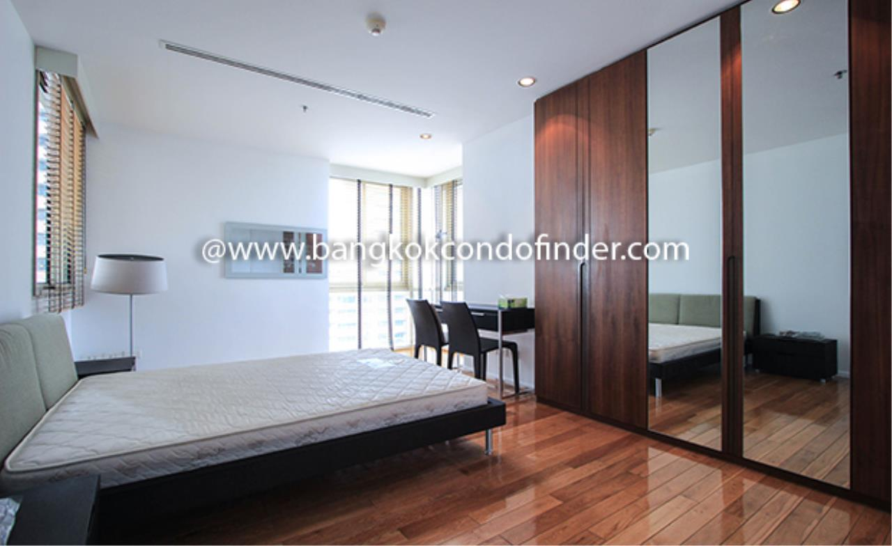 Bangkok Condo Finder Agency's The Legend Saladaeng Condominium for Rent 6