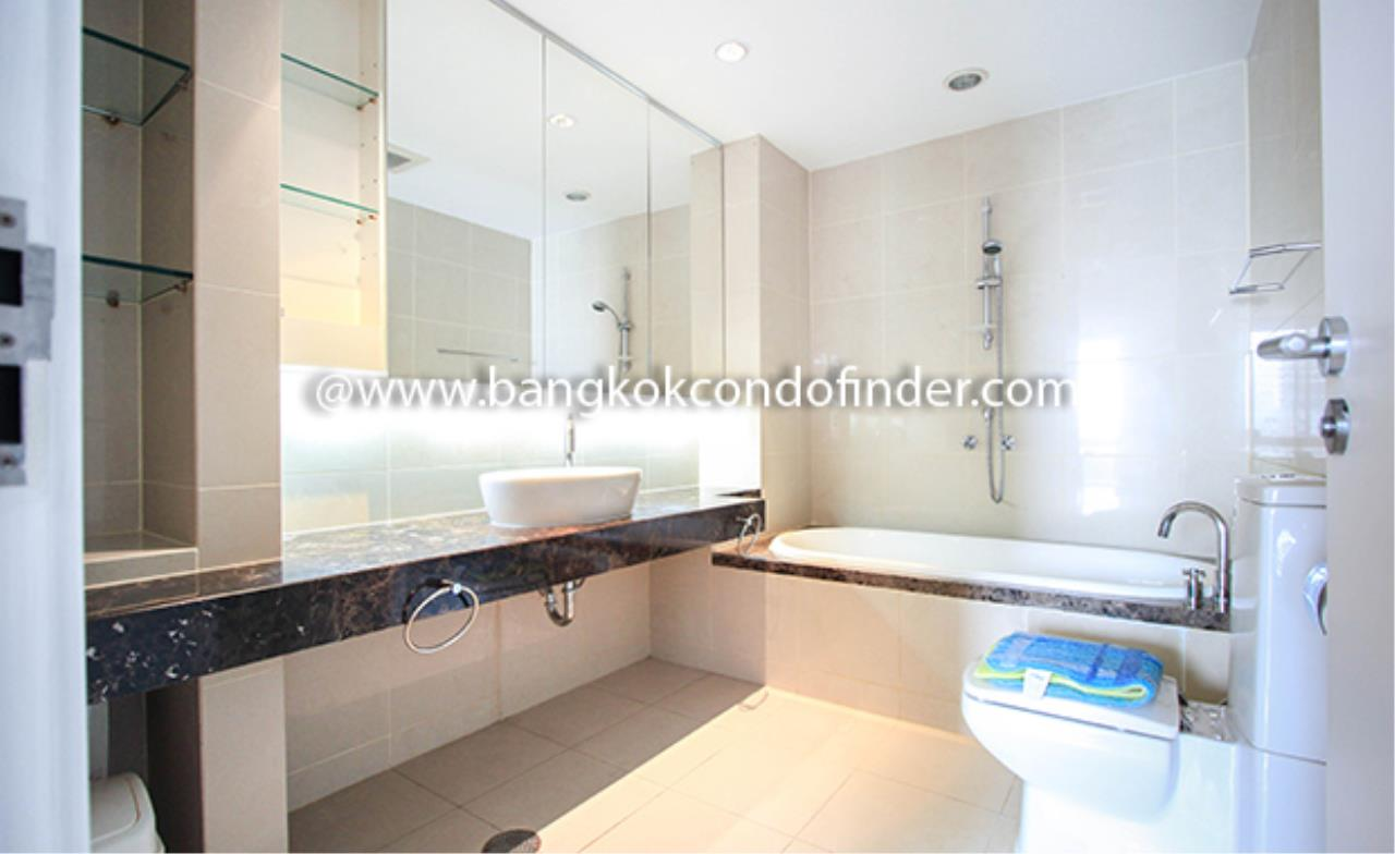 Bangkok Condo Finder Agency's The Legend Saladaeng Condominium for Rent 8