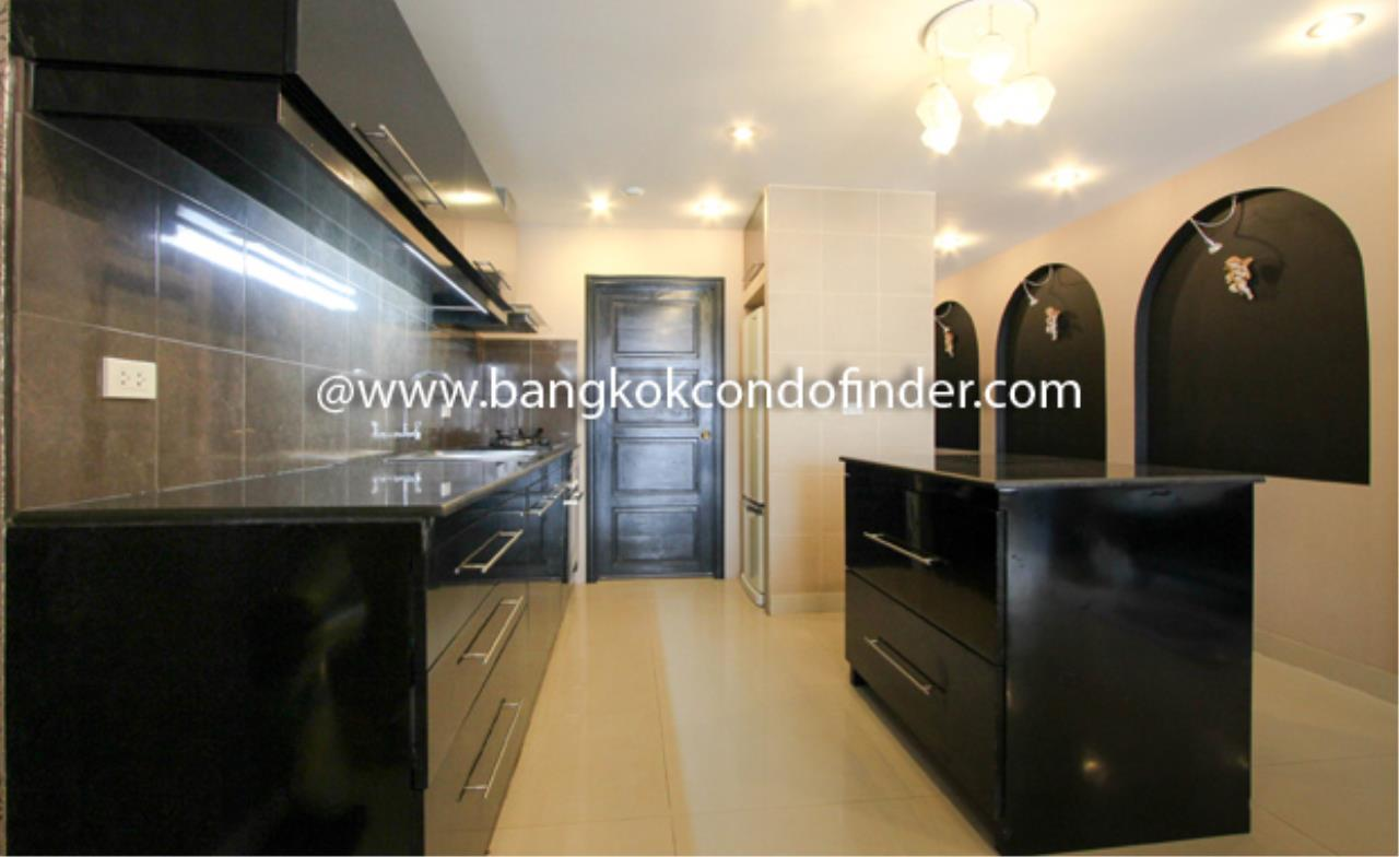 Bangkok Condo Finder Agency's Baan Prompong Condominium for Rent 6