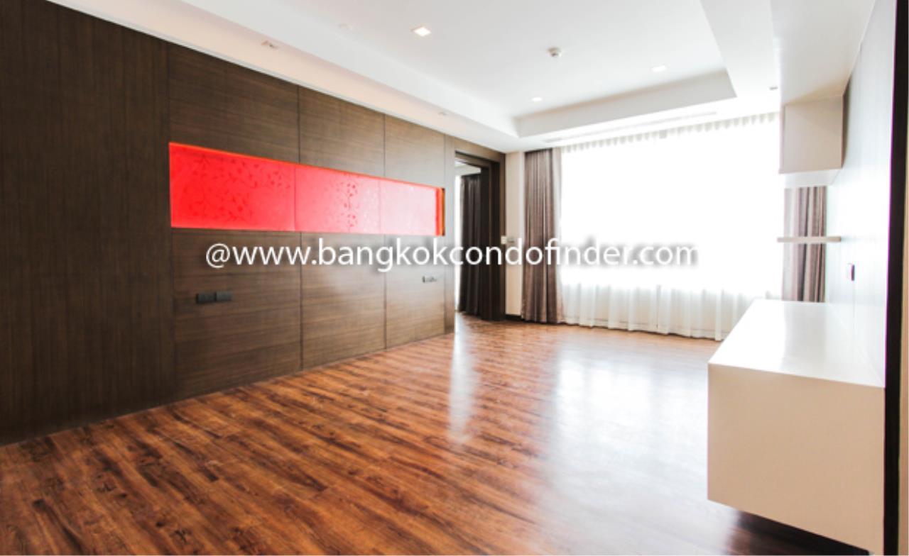 Bangkok Condo Finder Agency's Ideal 24 Condo Condominium for Rent 9
