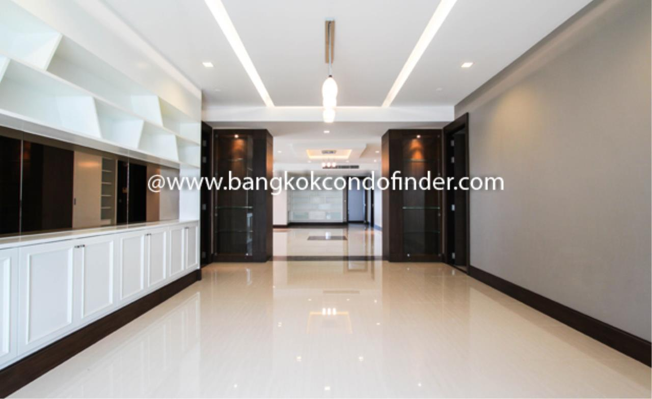Bangkok Condo Finder Agency's Ideal 24 Condo Condominium for Rent 11