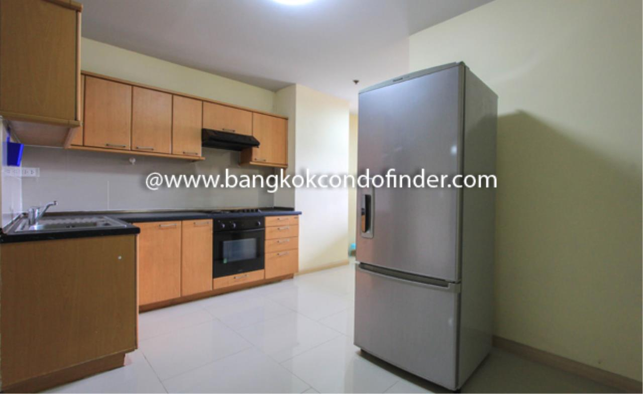 Bangkok Condo Finder Agency's 33 Tower Condominium for Rent 6