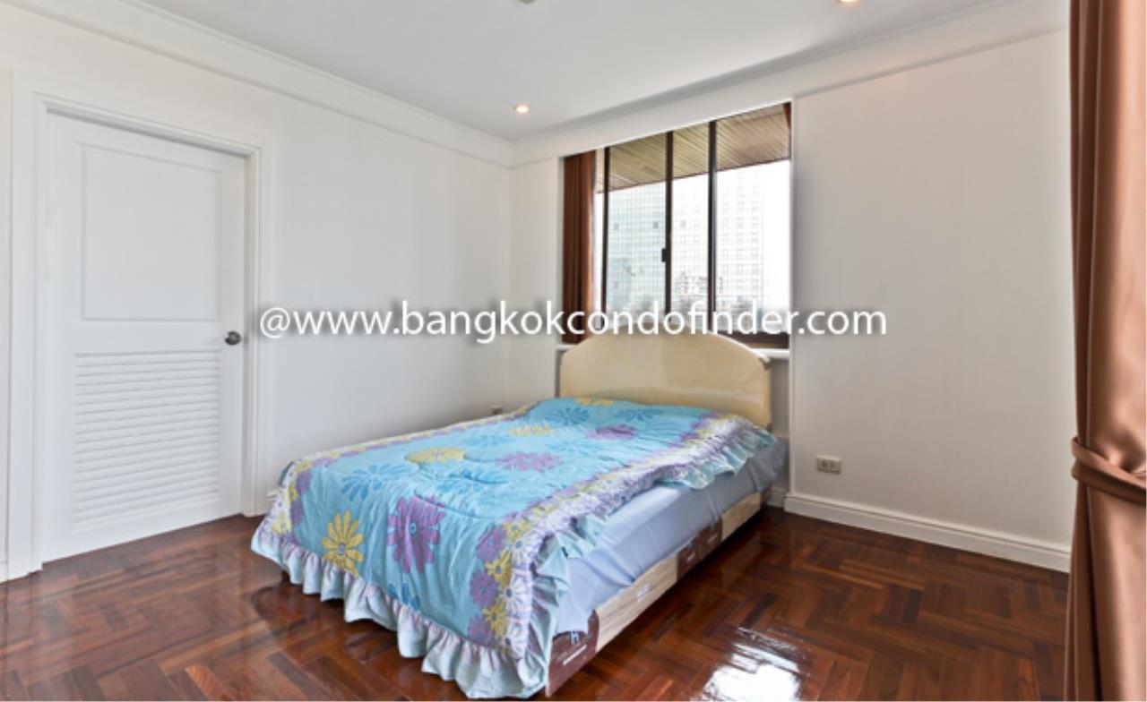 Bangkok Condo Finder Agency's Baan Yoswadi Apartment for Rent 8