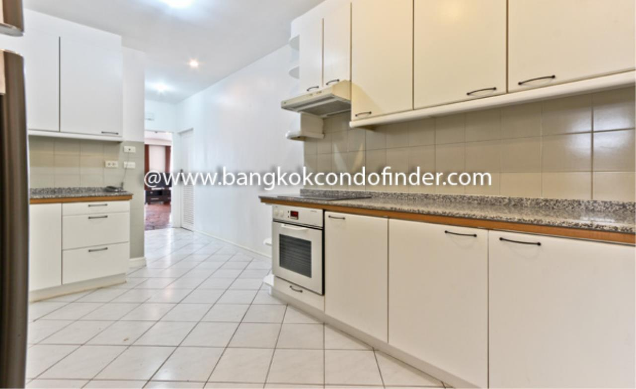 Bangkok Condo Finder Agency's Baan Yoswadi Apartment for Rent 4