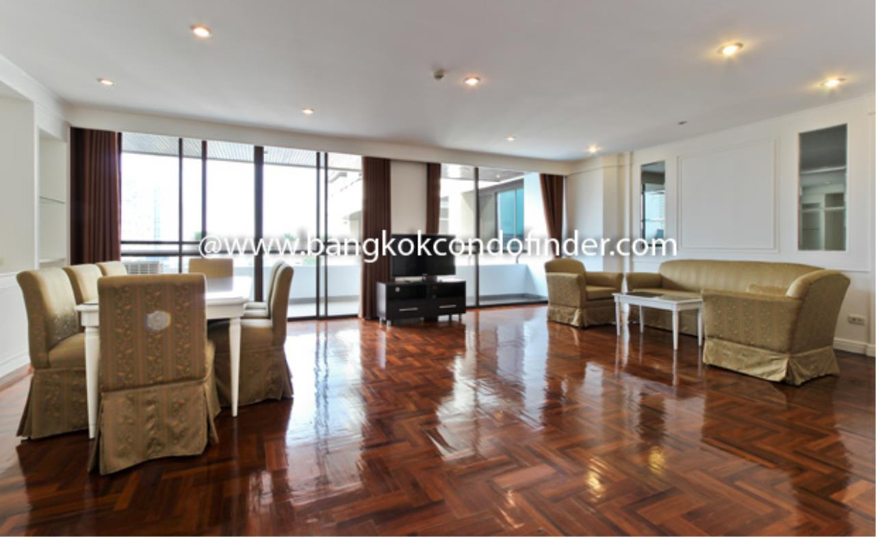 Bangkok Condo Finder Agency's Baan Yoswadi Apartment for Rent 1