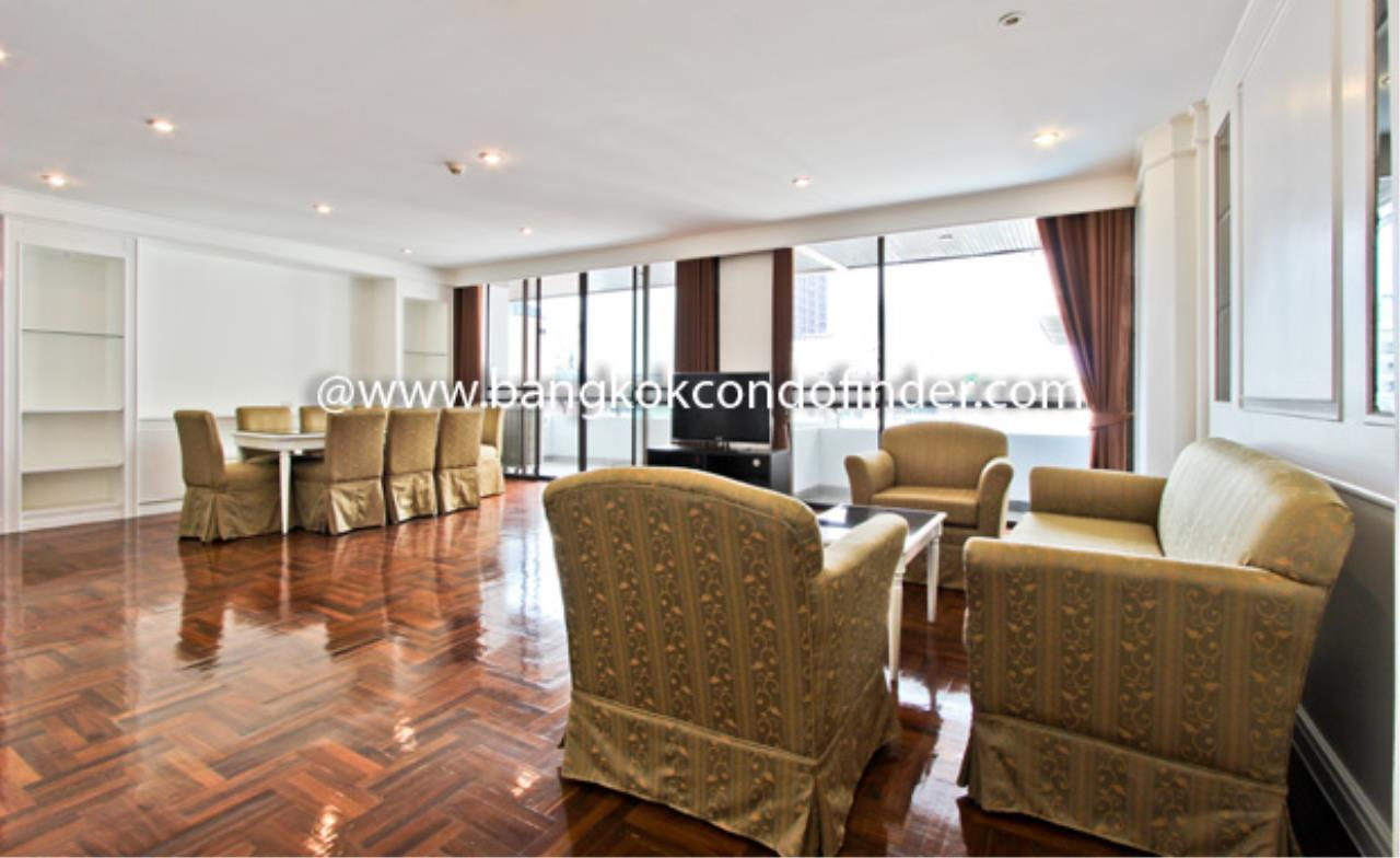 Bangkok Condo Finder Agency's Baan Yoswadi Apartment for Rent 9