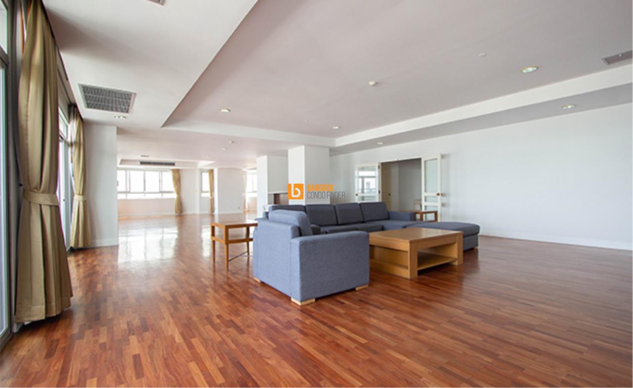 Apartment for Rent in Sukhumvit 24