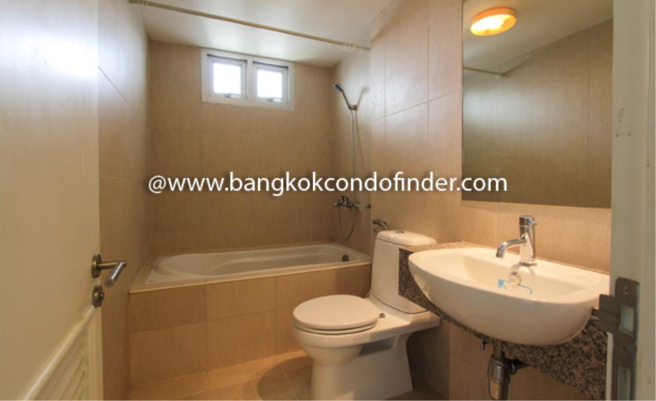 Bangkok Condo Finder Agency's The Clover Thonglor Condominium for Rent 3