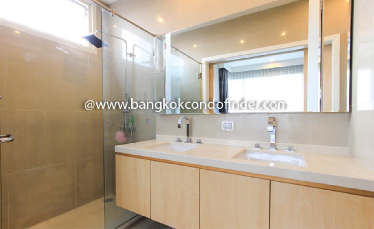 Bangkok Condo Finder Agency's Wind Ratchayothin Condominium for Rent 2