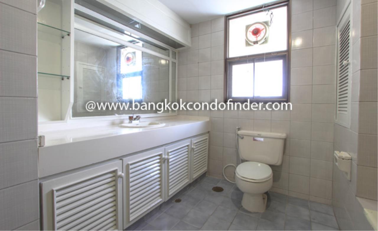 Bangkok Condo Finder Agency's Shiva Tower Condominium for Rent 3