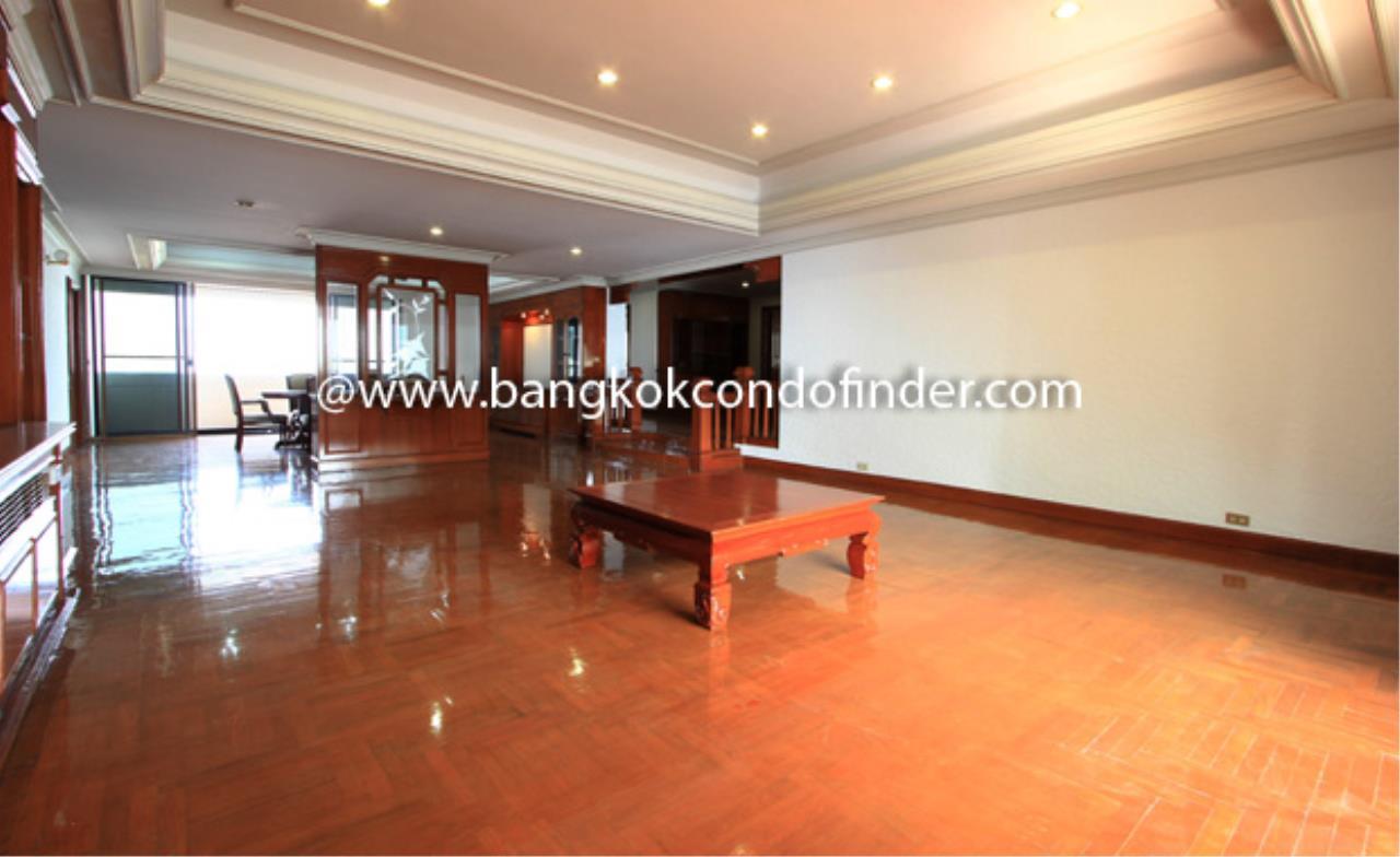 Bangkok Condo Finder Agency's Shiva Tower Condominium for Rent 9