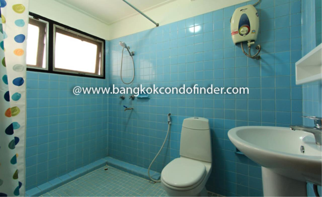 Bangkok Condo Finder Agency's Siva Court Condominium for Rent 2
