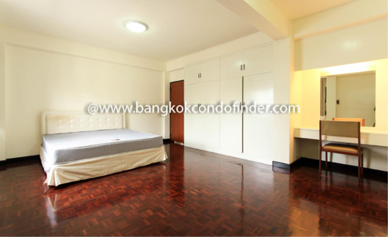 Bangkok Condo Finder Agency's Siva Court Condominium for Rent 9