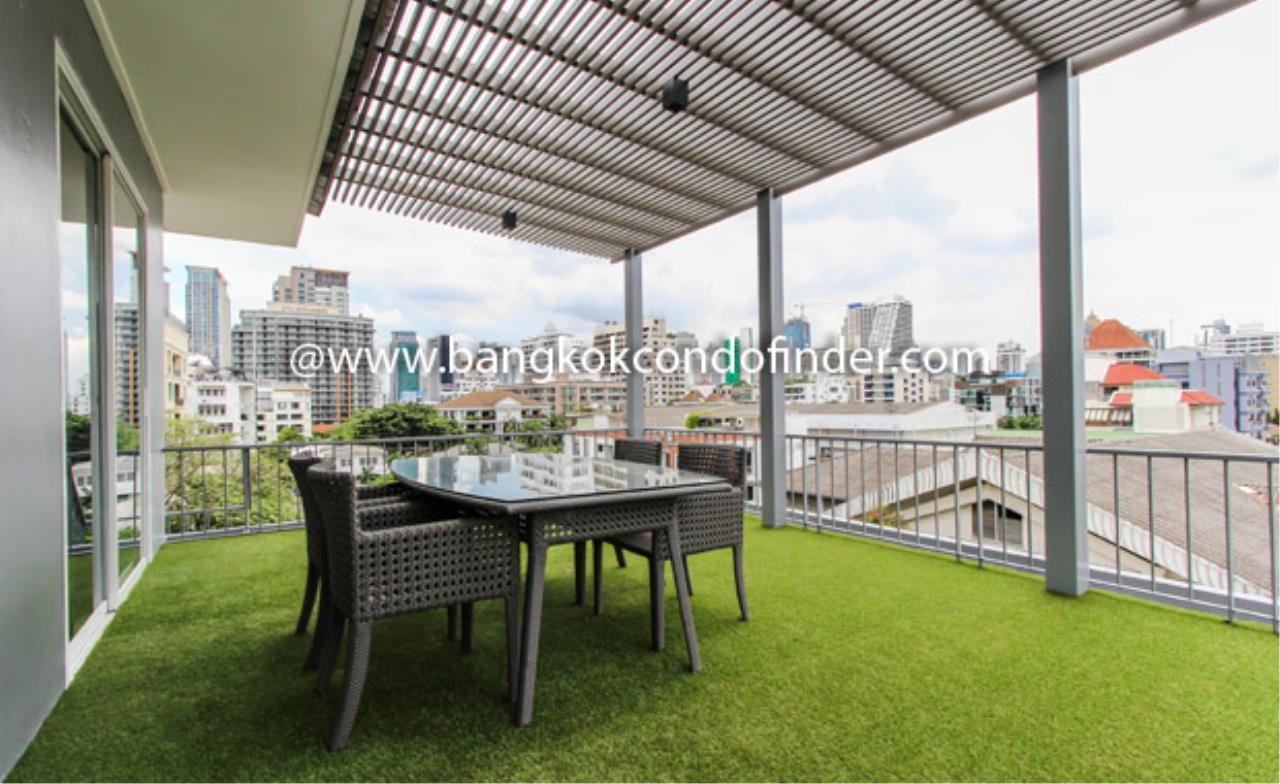 Bangkok Condo Finder Agency's Monet Apartment Condominium for Rent 2