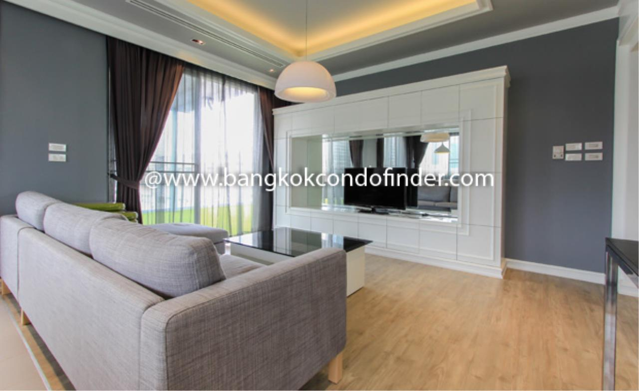 Bangkok Condo Finder Agency's Monet Apartment Condominium for Rent 1