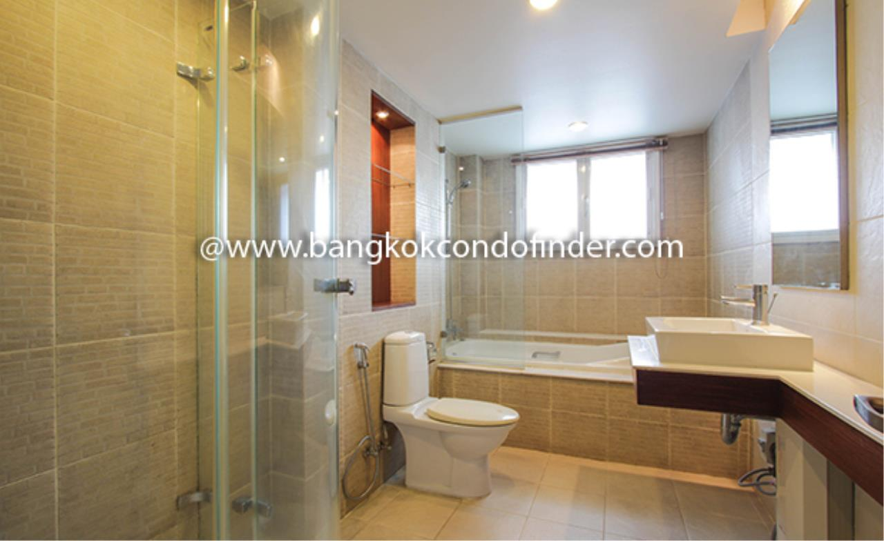 Bangkok Condo Finder Agency's Avenue 61 Condominium for Rent 4