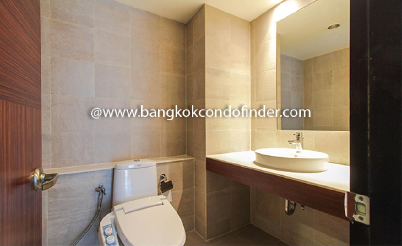 Bangkok Condo Finder Agency's Avenue 61 Condominium for Rent 5