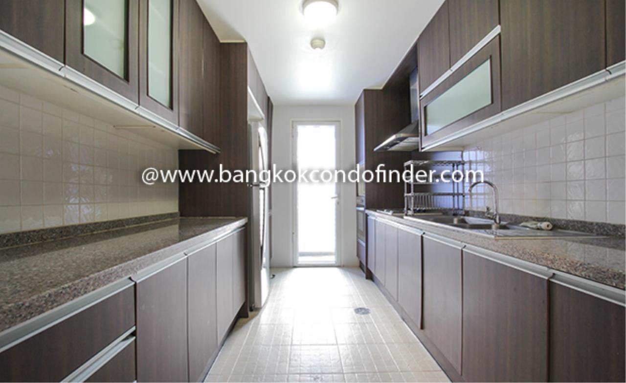 Bangkok Condo Finder Agency's Avenue 61 Condominium for Rent 9