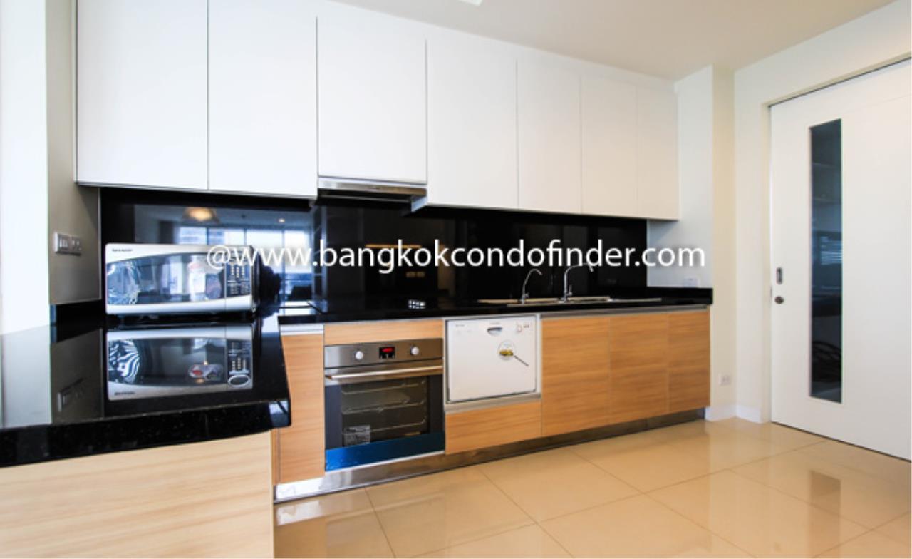 Bangkok Condo Finder Agency's The Address Sukhumvit 42 (Sold) Condominium for Rent 3