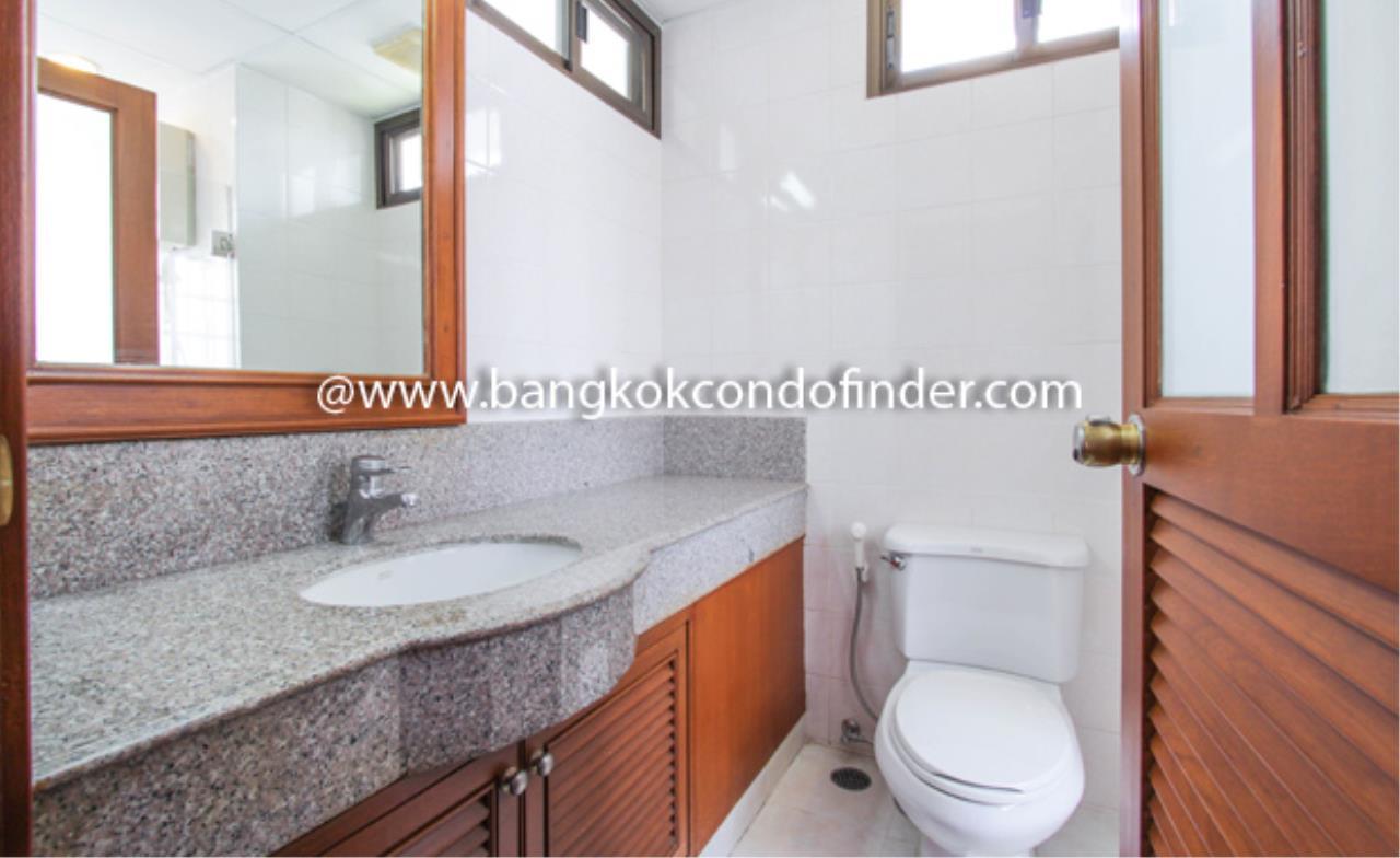 Bangkok Condo Finder Agency's Baan Pakapan Apartment for Rent 5