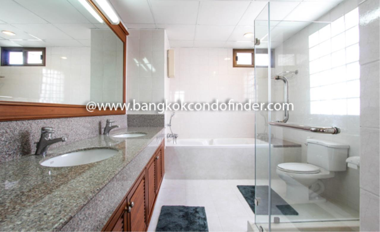 Bangkok Condo Finder Agency's Baan Pakapan Apartment for Rent 6
