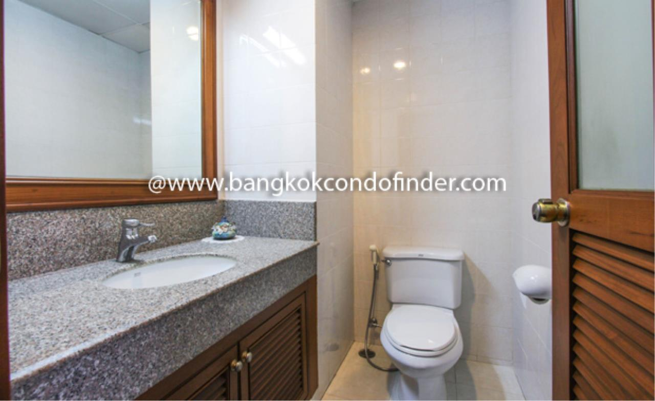 Bangkok Condo Finder Agency's Baan Pakapan Apartment for Rent 7