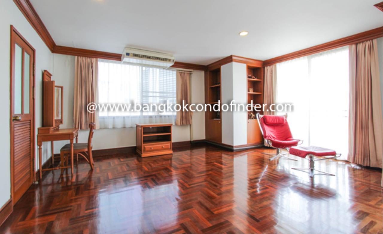 Bangkok Condo Finder Agency's Baan Pakapan Apartment for Rent 12