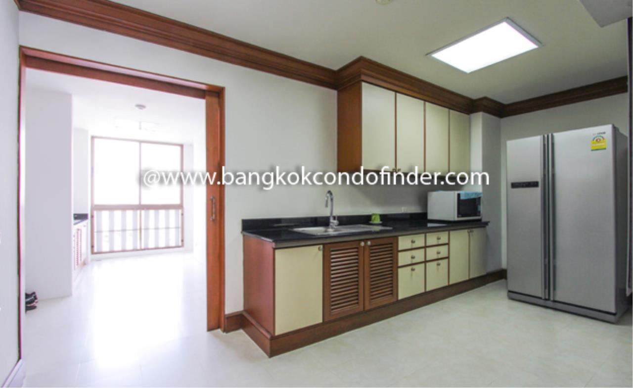 Bangkok Condo Finder Agency's Baan Pakapan Apartment for Rent 10