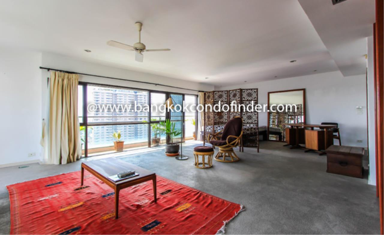 Bangkok Condo Finder Agency's The Natural Place Suite Ngamdupli Condominium for Rent 1