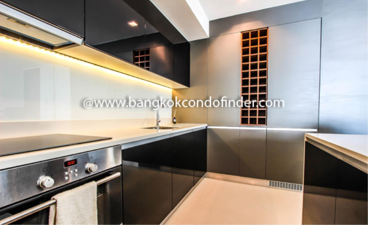 Bangkok Condo Finder Agency's The River Condominium (Sold) Condominium for Rent 3