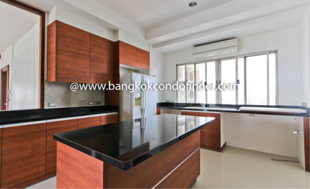 Bangkok Condo Finder Agency's Baan Suanplu Condominium for Rent 5