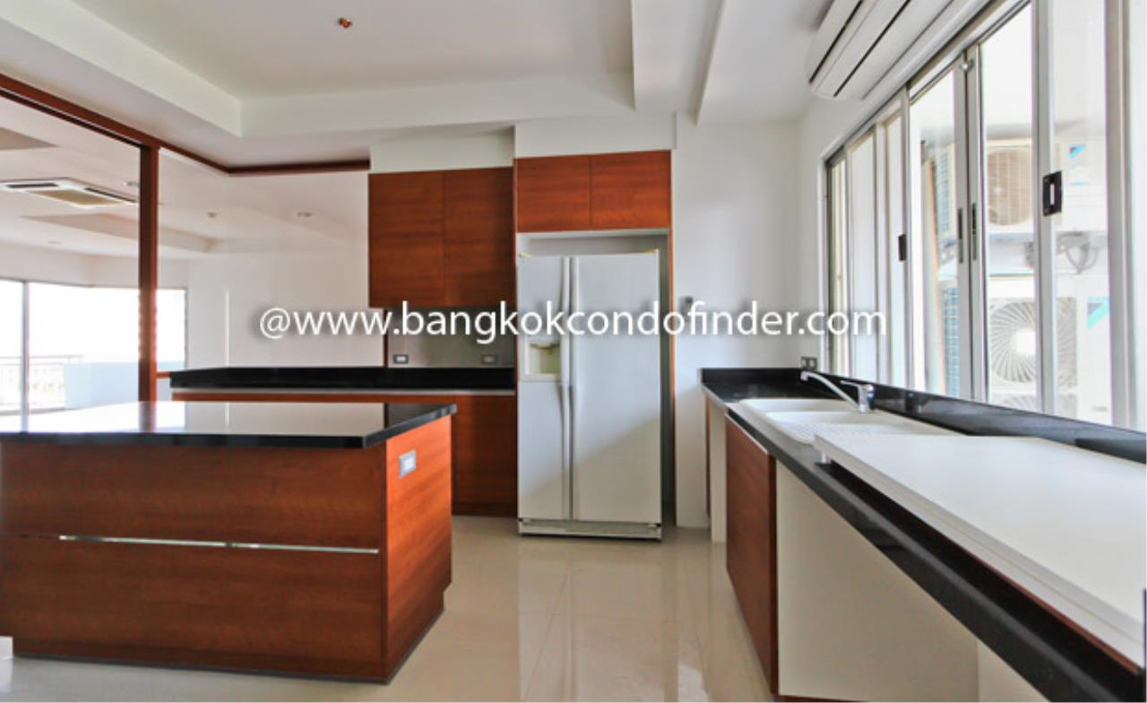 Bangkok Condo Finder Agency's Baan Suanplu Condominium for Rent 6