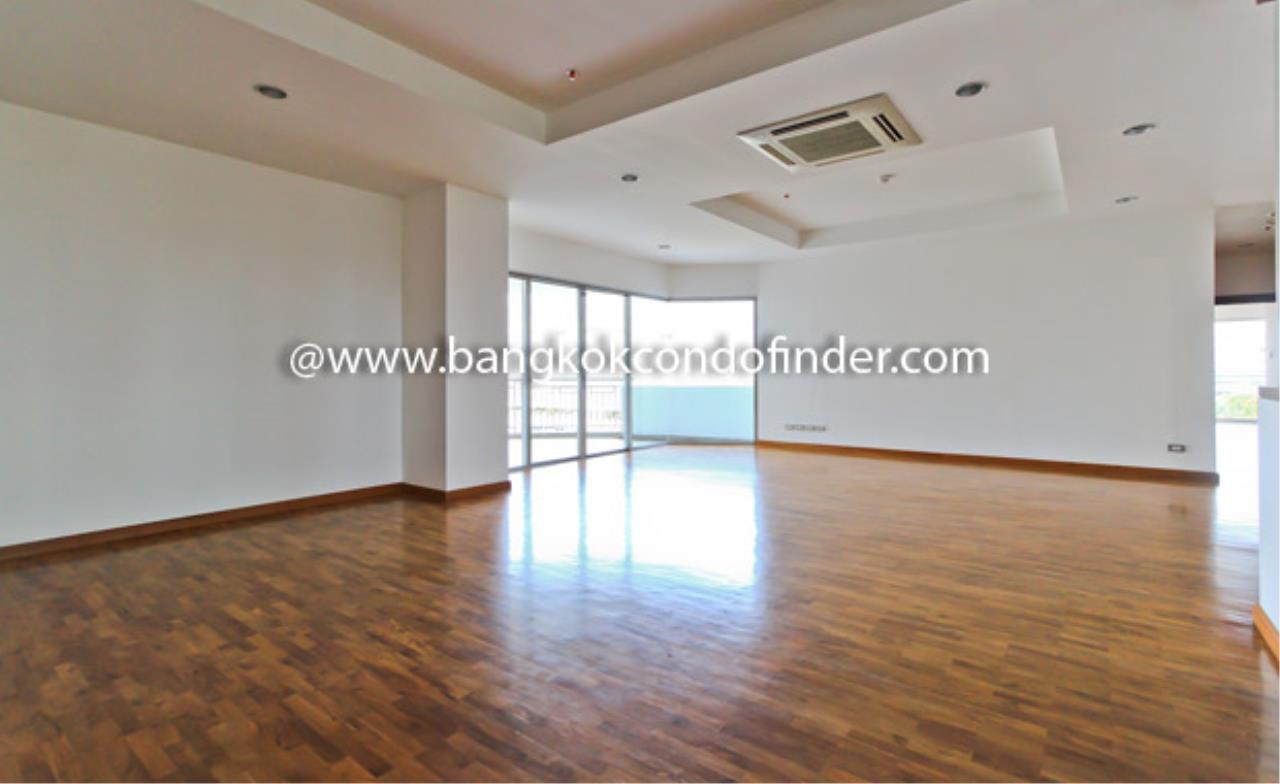 Bangkok Condo Finder Agency's Baan Suanplu Condominium for Rent 10