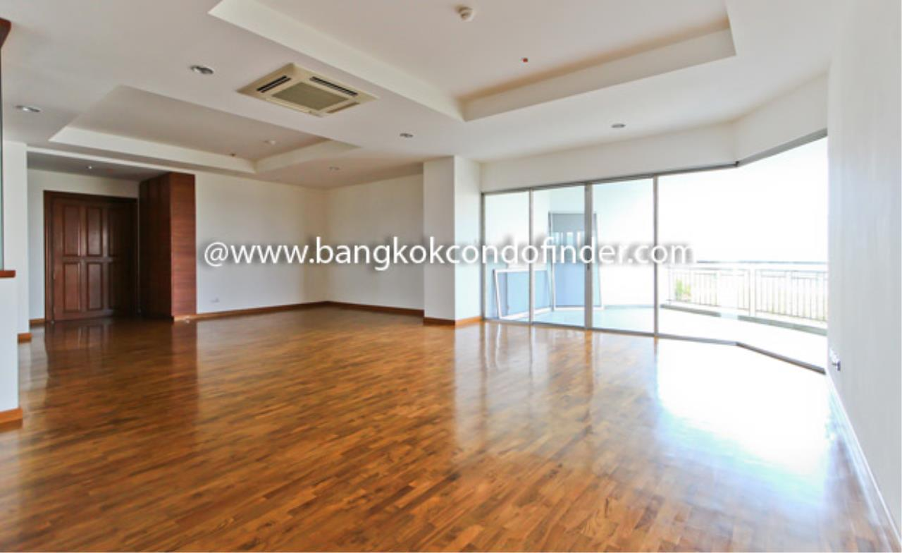Bangkok Condo Finder Agency's Baan Suanplu Condominium for Rent 1
